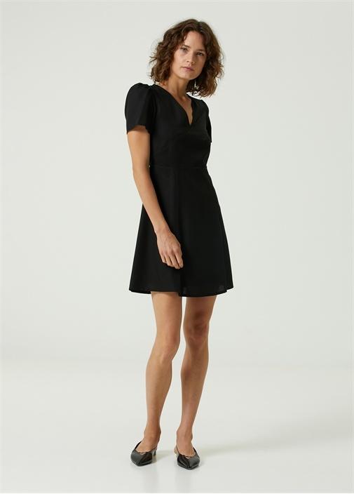 Siyah V Yaka Mini Elbise