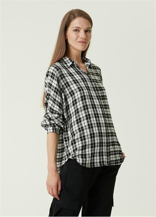 Siyah Beyaz Ekoseli Gömlek