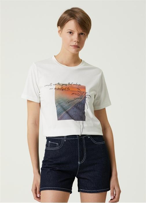 Oversize Beyaz Bisiklet Yaka Baskılı T-shirt