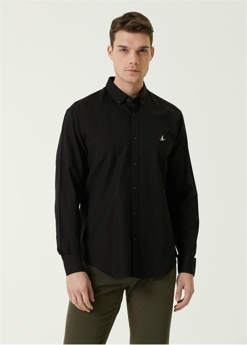 Comfort Fit Siyah Düğmeli Yaka Oxford Gömlek