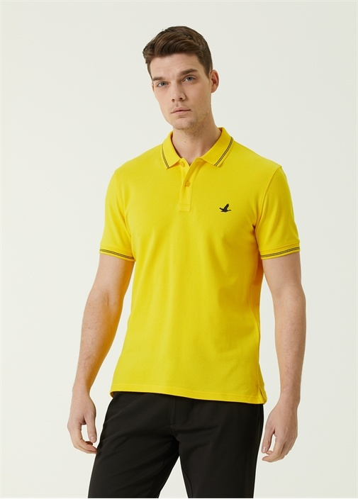 Comfort Fit Sarı Polo Yaka Logolu T-shirt