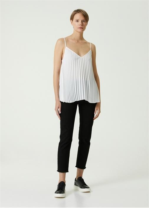 Beyaz V Yaka Askılı Pilili Krep Bluz