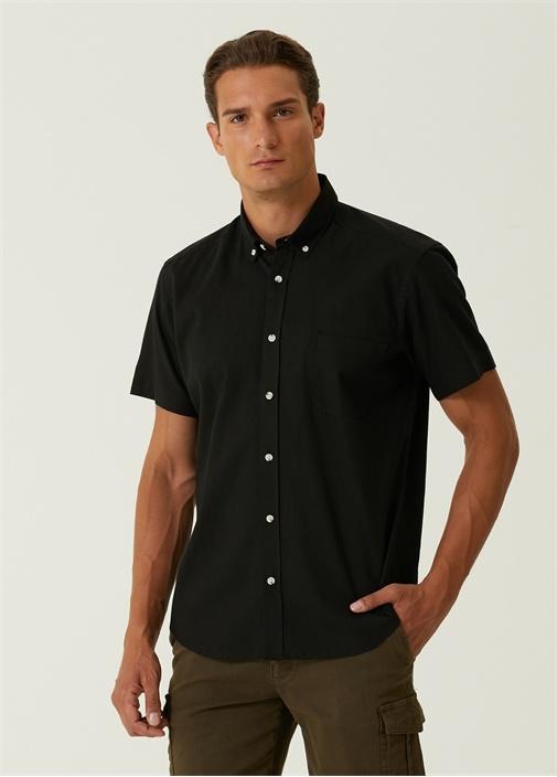 Custom Fit Siyah Düğmeli Yaka Gömlek