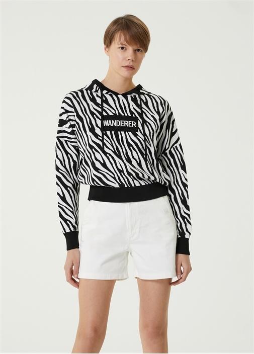 Siyah Beyaz Kapüşonlu Zebra Desenli Kazak