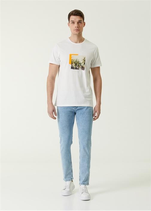 Beyaz Neon Renk Detaylı Palmiye Baskılı T-shirt