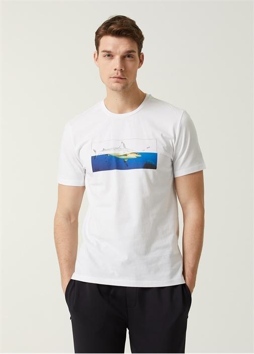 Beyaz Digital Köpekbalığı Baskılı T-shirt