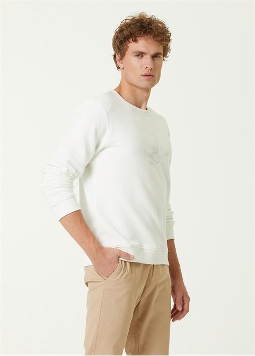 Beyaz Karalama Kuş Nakışlı Sweatshirt