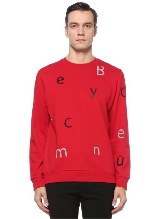 Kırmızı Harf Nakışlı Sweatshirt