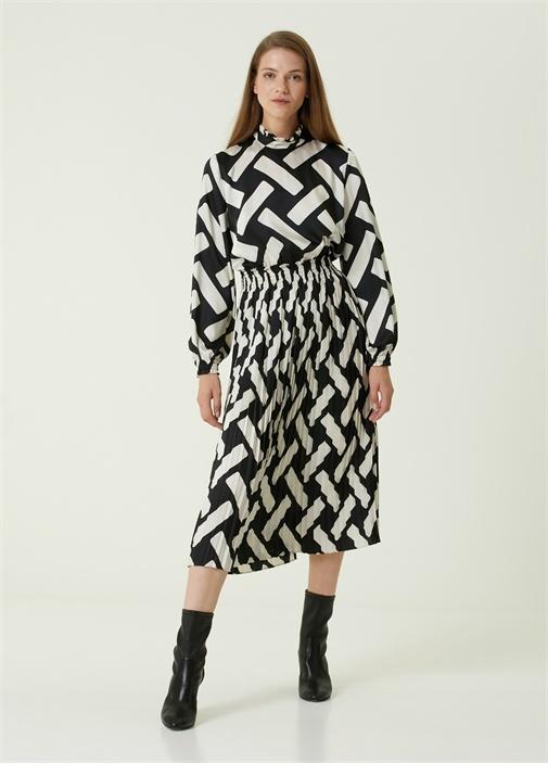 Siyah Beyaz Desenli Pilili Midi Elbise