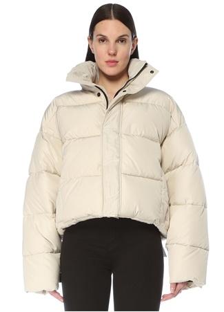 Balenciaga Kadın BB Beyaz Dik Yaka Oversized Puff Mont 34 IT