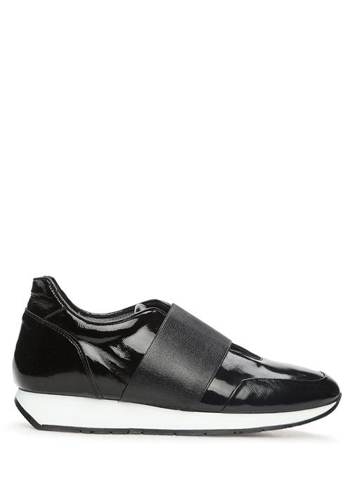 Siyah Lastik Bant Detaylı Kadın Rugan Sneaker