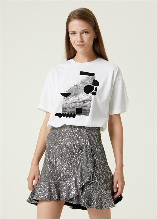 Beyaz Taşlı Dağ Baskılı T-shirt